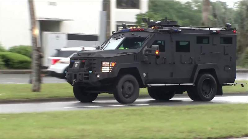 JSO: Man sought after SWAT team responds to domestic incident in Holiday Hill