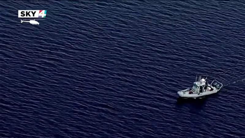 19-year-old missing after falling off fishing boat near Buckman Bridge