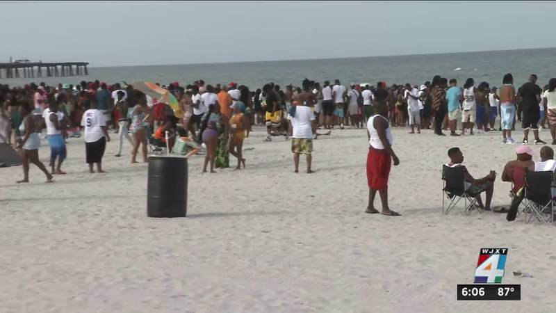 'Just good vibes' at Orange Crush Festival beach day on Saturday