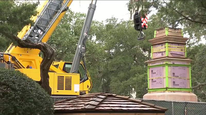 Crews continue to work on removing St. Augustine Confederate monument