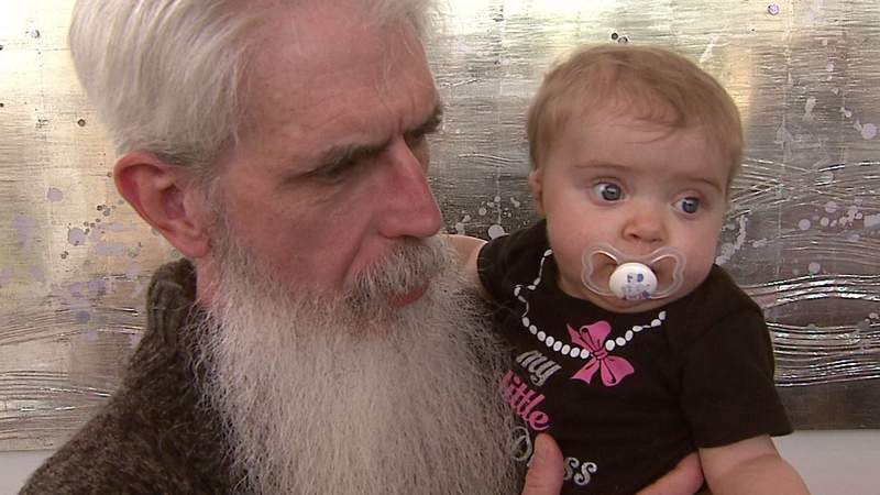 Joe Gilvary, one of about 50 dual donors nationwide, had the opportunity to meet 1-year-old Katelyn Kutscher.