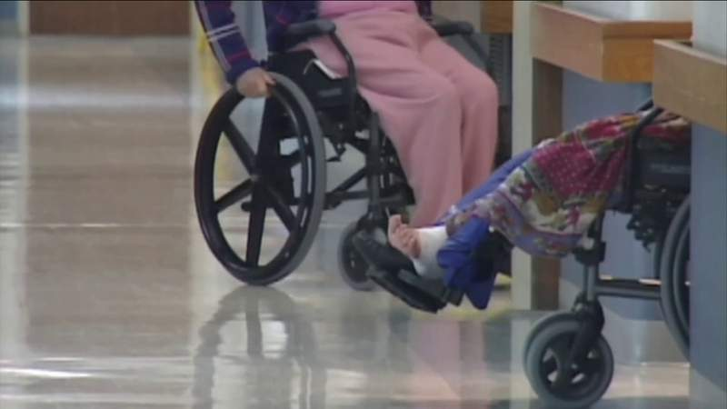 Nursing home protocols prevent families from Thanksgiving reunions