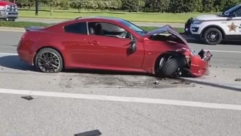 Witness describes car crash into bicyclists