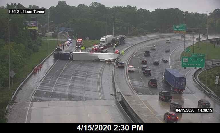 Semi crash on I-95