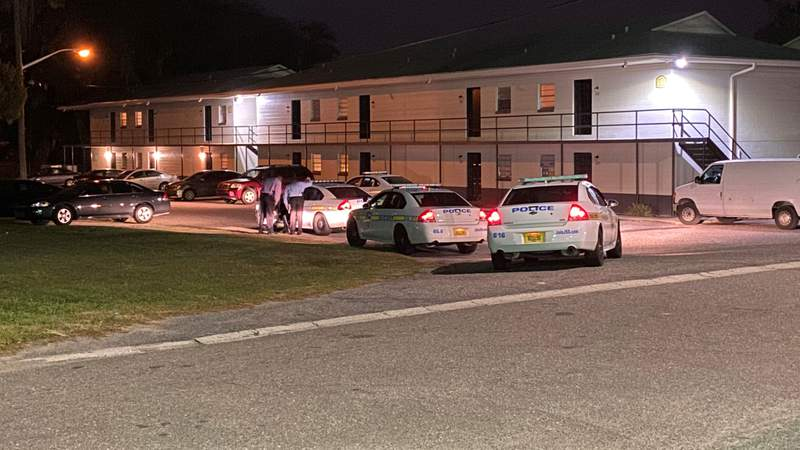 Jacksonville police investigate a shooting Monday night at an apartment complex on Niblick Drive.