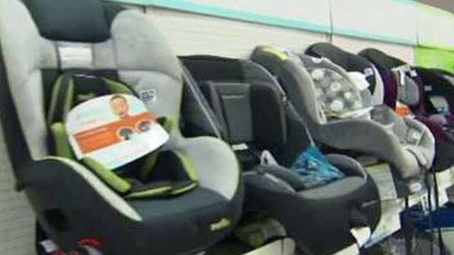 Remarkable Car Seat Trade In Event Offered For Parents Ibusinesslaw Wood Chair Design Ideas Ibusinesslaworg