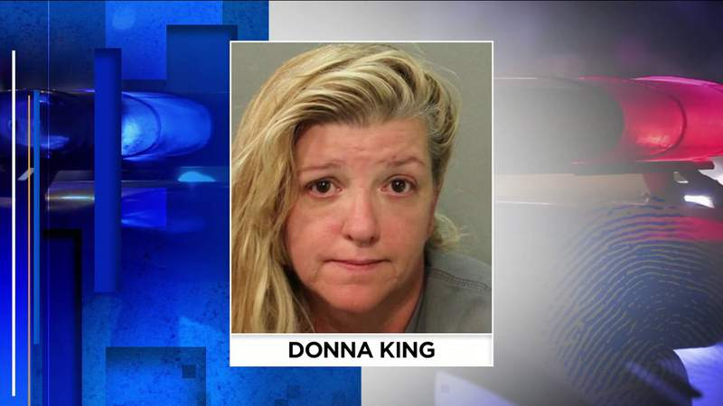 Woman arrested for impersonating officer