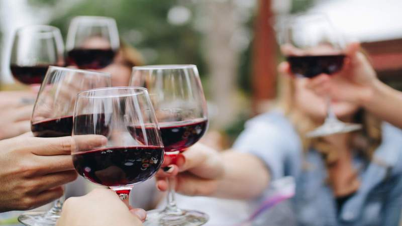 How much wine is too much wine? Heavy social drinking leads to more deaths among women, study suggests