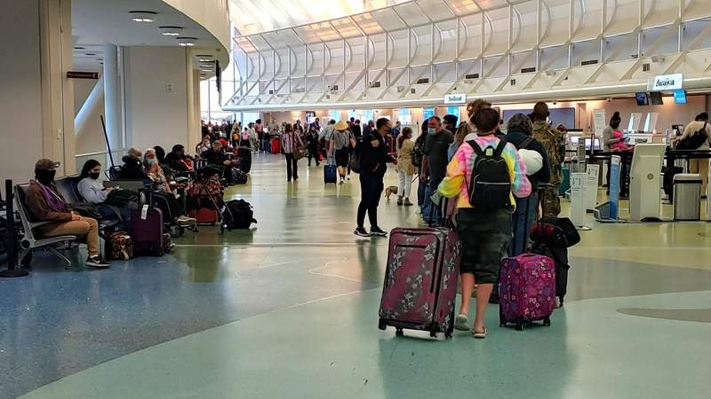 FAA Jacksonville control center undergoing cleaning; flight cancellations & delays expected