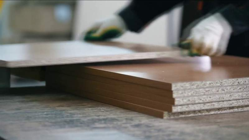 U.S. Homebuilders grappling with soaring lumber costs