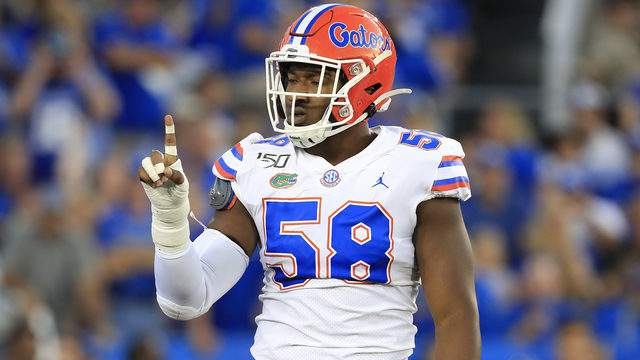 Jon Greenard #58 of the Florida Gators celebrates against the Kentucky Wildcats at Commonwealth Stadium on September 14, 2019 in Lexington, Kentucky. (Photo by Andy Lyons/Getty Images)