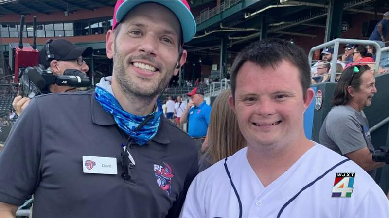 Jacksonville man with Down syndrome returns to work after 14-month pandemic hiatus