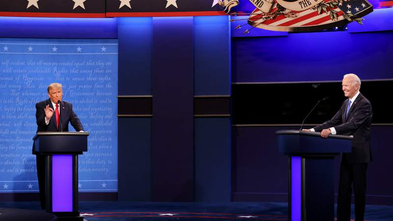 U.S. President Donald Trump and Democratic presidential nominee Joe Biden participate in the final presidential debate at Belmont University. Photo by Justin Sullivan.