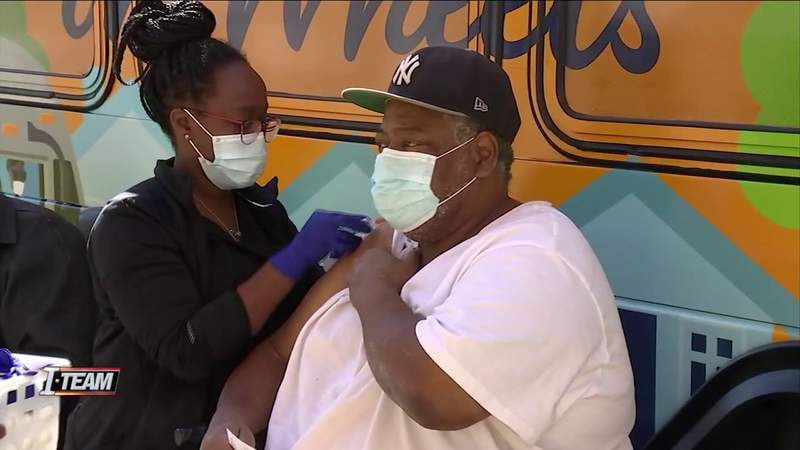 JTA uses retrofitted buses to bring vaccines to Jacksonville senior facility