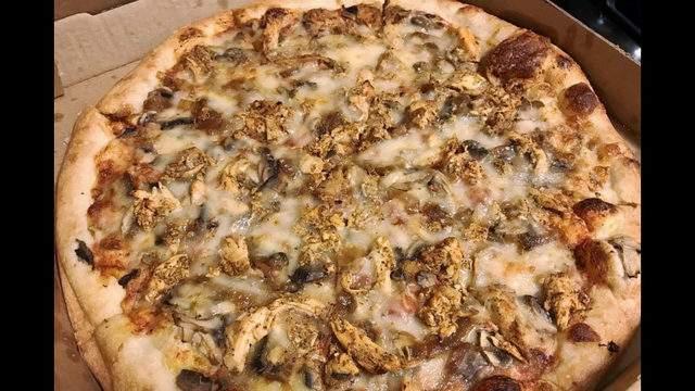 Paddy's Brick Oven Pizza   Photo: Julio H./Yelp
