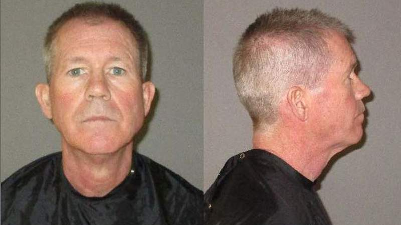 Leroy Stotelmyer, 60, pretended to be a U.S. Marshal when he was caught shoplifting, deputies say