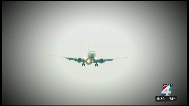 FAA calling for fines against 4 unruly passengers