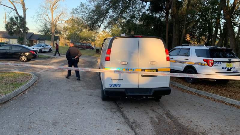 One Man Shot: Non-Life-threatening