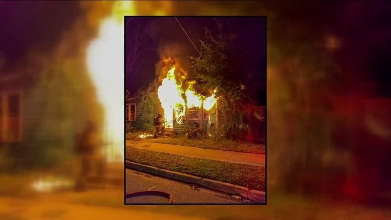 JFRD: Man injured in Moncrief house fire dies at hospital