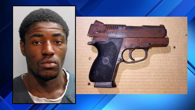 Previous Jacksonville Sheriff's Office booking photo of Jerome Allen with photo of replica gun used.