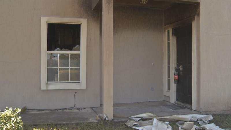Pop Warner player's home destroyed by fire, but game goes on