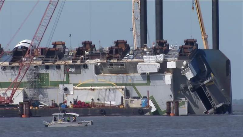 Removing the Golden Ray from St. Simons Sound