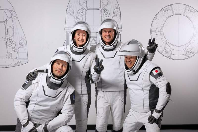 NASA's SpaceX Crew-2 astronauts are pictured during a training session at the SpaceX training facility in Hawthorne, California. From left are, Mission Specialist Thomas Pesquet of the (ESA (European Space Agency); Pilot Megan McArthur of NASA; Commander Shane Kimbrough of NASA; and Mission Specialist Akihiko Hoshide of the Japan Aerospace Exploration Agency. (Photo credit: SpaceX)