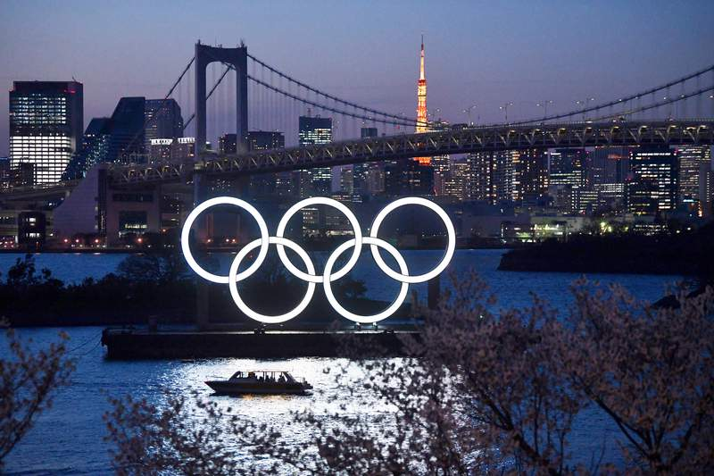 The Olympic rings in Tokyo. (Photo by Carl Court/Getty Images)