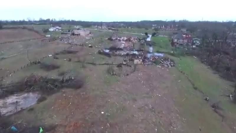 Tornadoes rip through Tennessee