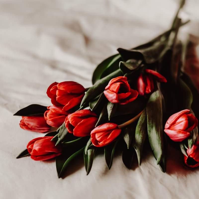 Facebook: Hurst Florist
