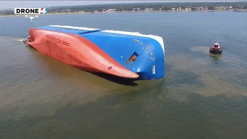 The harbor pilot on board the Golden Ray when it capsized details his harrowing experience