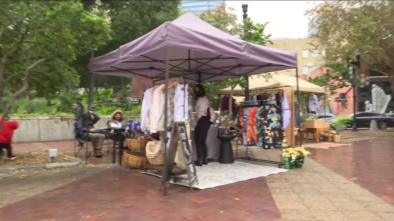 Holiday pop-up supports Jacksonville businesses impacted by pandemic