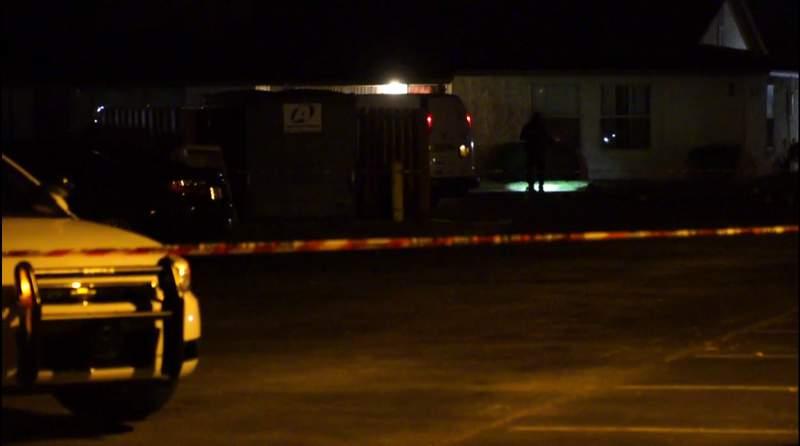 JSO detectives investigate shooting on Seaboard Avenue.