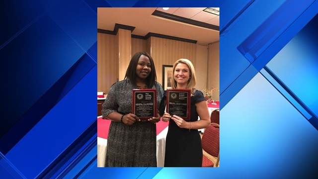 Krystal Culpepper (left) and Lindsey Connor (Photo courtesy: Duval County Public Schools Facebook)