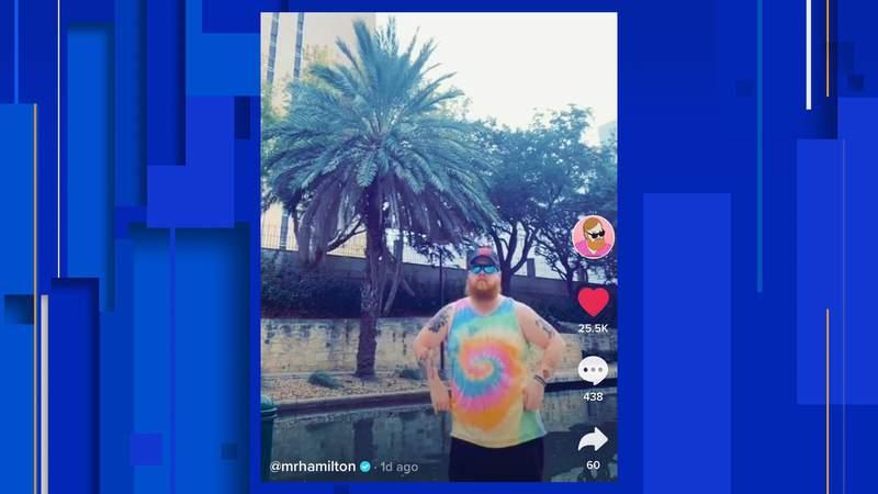Screengrab of @MrHamilton's video of him dancing at the San Antonio River Walk. (Credit: @MrHamilton's TikTok)