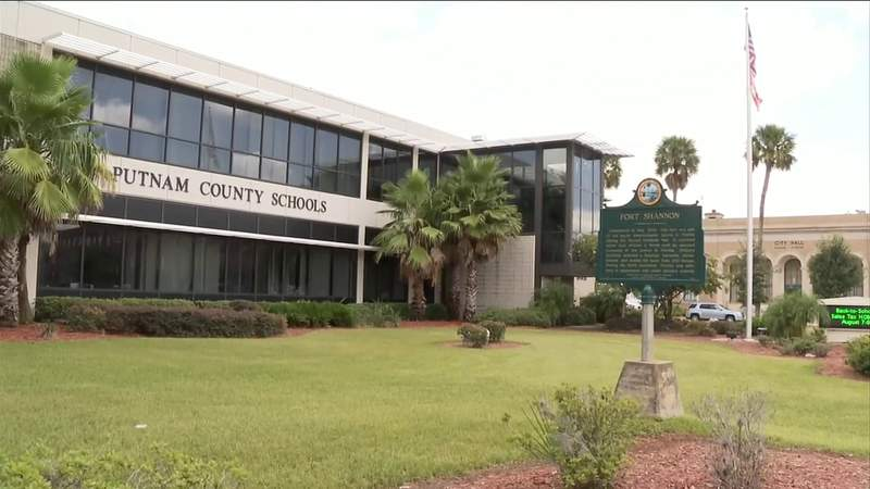 Putnam County School District lists 3 options for reopening