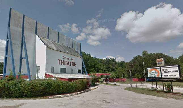 Report Florida Drive In Is The Only U S Theater Showing New Movies