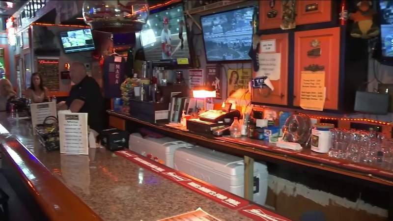 Jacksonville bar owner to DeSantis: Let us open up