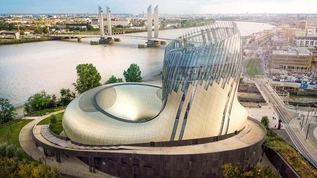 Image courtesy Photos Studio MB/La Cité du Vin/XTU architects.