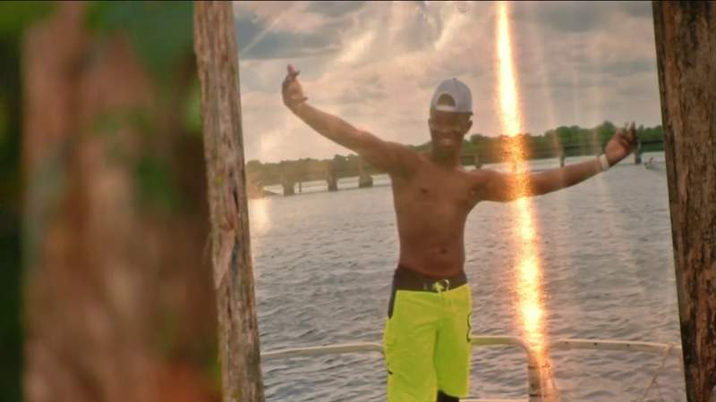'Such a good young man': Friends remember 18-year-old boater who died after falling into St. Johns River