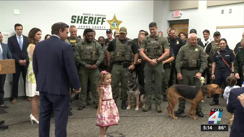 DeSantis signs bill to allow emergency treatment, transport for police K9s