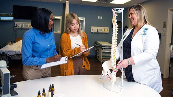 Health care class at Jacksonville University.