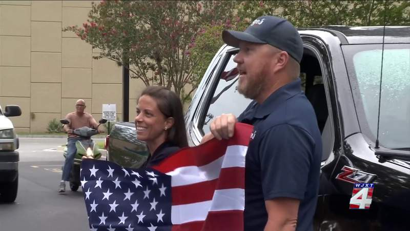 News4JAX hosts flag giveaway to celebrate Flag Day