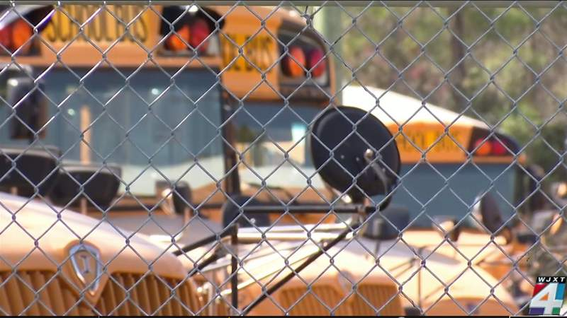DCPS launches website to way   schoolhouse  autobus  problems