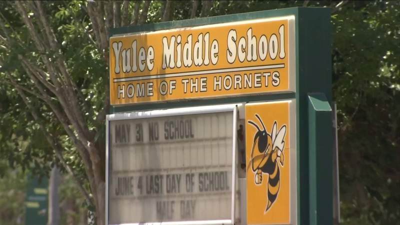 Student raises questions about enforcement of Yulee Middle School's dress code policy