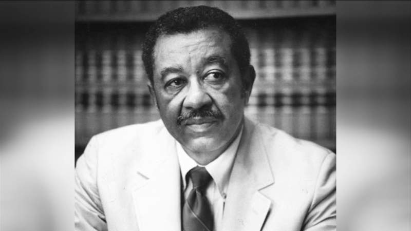 City councilman wants to see Jacksonville school named after Earl Johnson