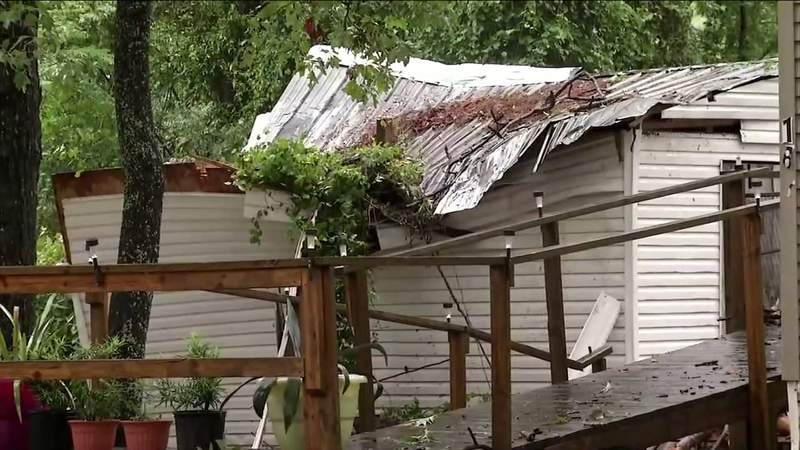 Lake City mother and daughter survive intense storm